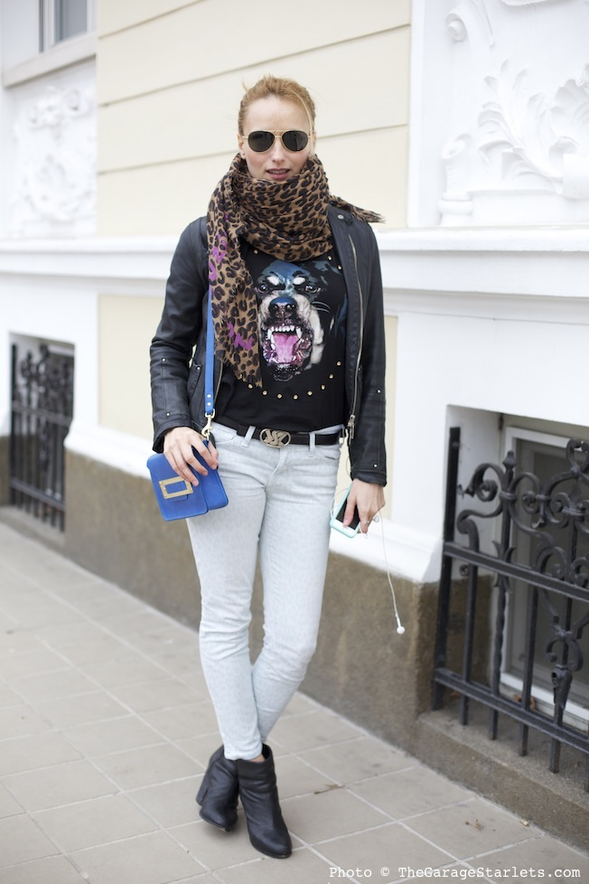 The_Garage_Starlets_Streetstyle_Personal_Style_Maggie_Pavlova_Rag_And_BoneVon_Zipper_Sophie_Hulme_01