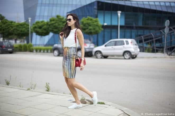 The_Garage_Starlets_Katia_Peneva_Popov_H&M_Topshop_Chanel_Emporio_Armani_01