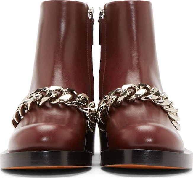 The_Garage_Starlets_Bordeaux_Burgundy_Givenchy_Chain_Laura_Boots_03